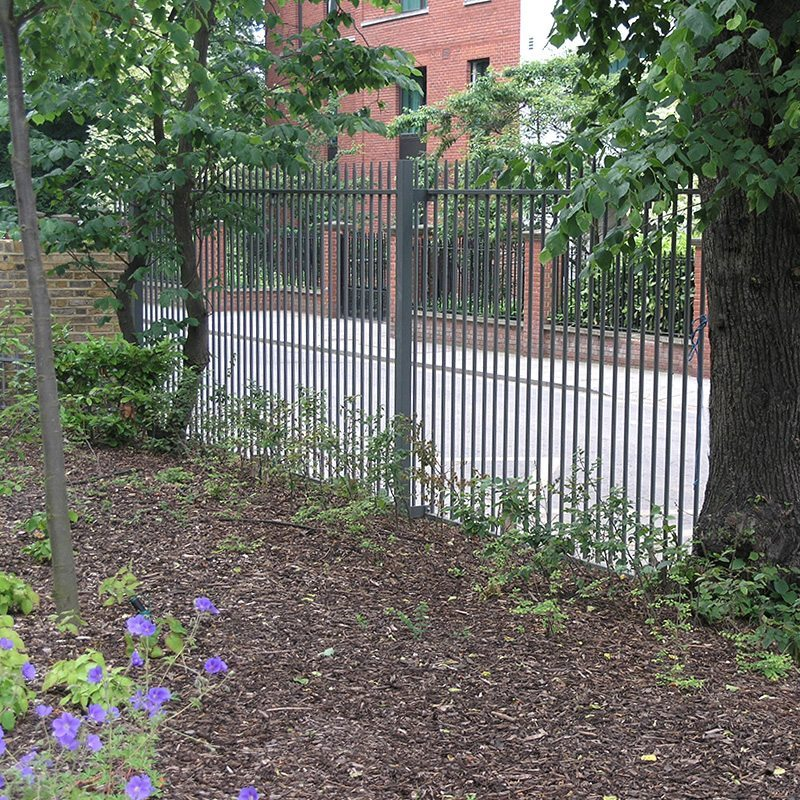 Railing Fences - Steel Fence - Siena | Lang+Fulton