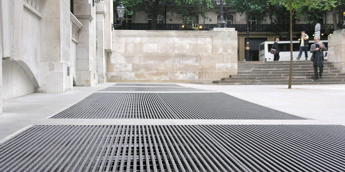 pedestrian floor grating