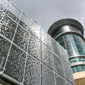 Wall cladding made of kinetic stainless steel at Festival Place