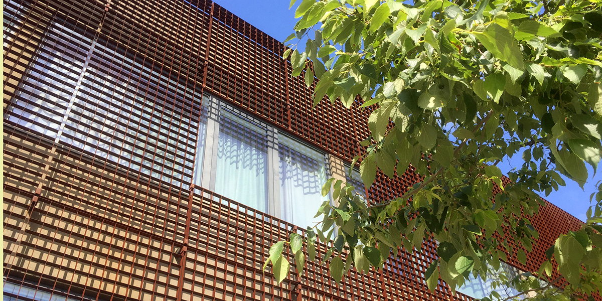 Piazza-132-corten-architectural-grating-news1b